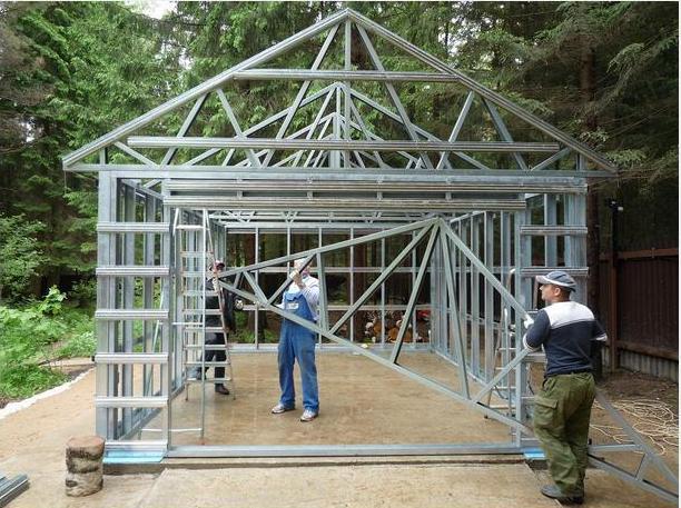 Монтаж ферм для крыши