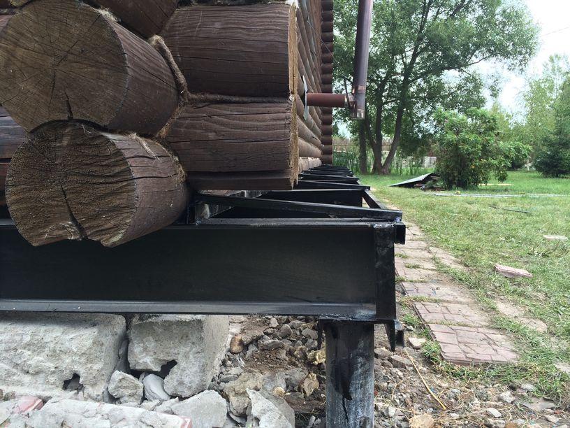 установка винтовых свай под старый дом