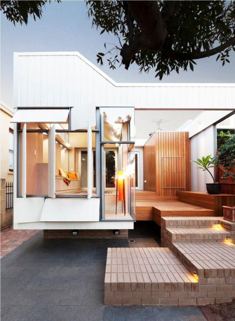 Дом современный из контейнеров