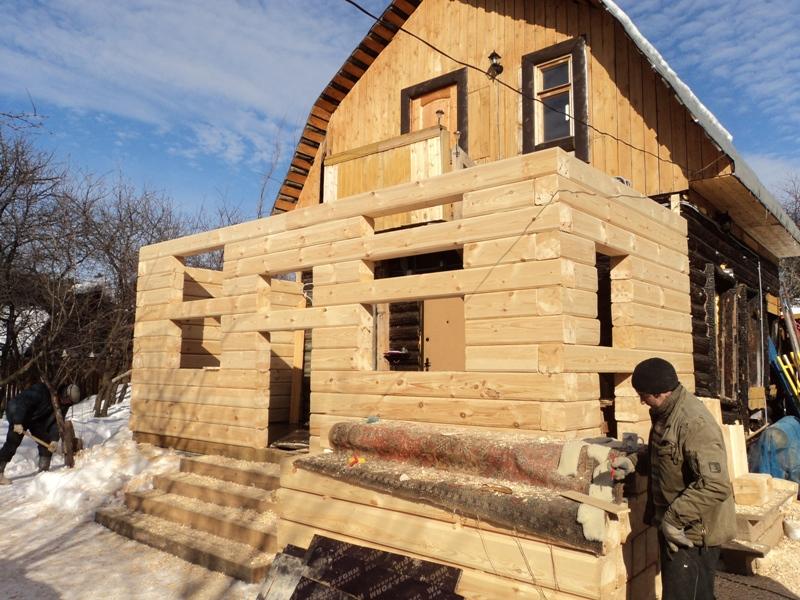 Как сделать пристрой к деревянному дому из чего