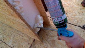 Монтажная пена в строительстве дома